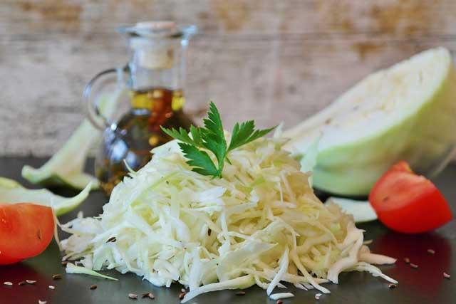 Ингредиенты для капустного салата