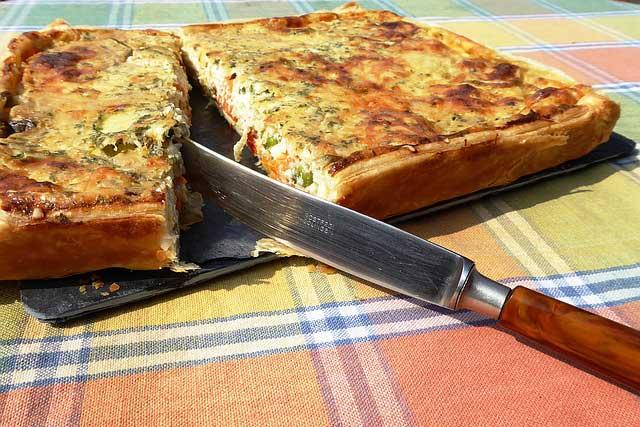 Пирог с капустой и другими овощами