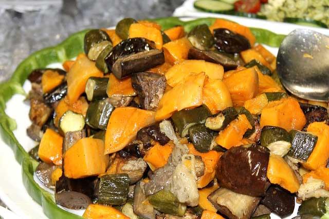 Салат из тыквы с баклажанами