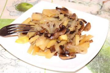 Подосиновики жареные с картошкой