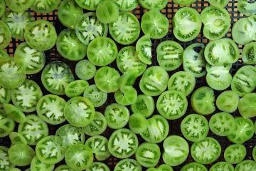 Как гоовить икру из зеленых помидоров