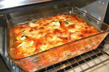 Кабачки под сыром, запеченные в духовке