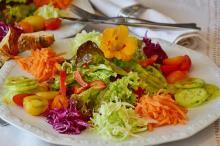 Салаты из свежей моркови