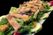 Вкусный салат цезарь