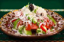 Салат с черносливом