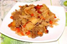 Рагу из мяса с капустой